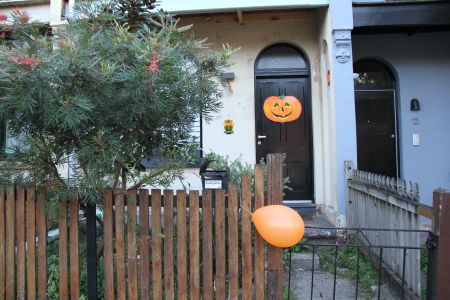 Australians prepare for Halloween