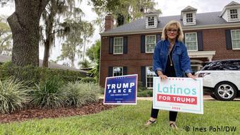 Η εξόριστη Κουβανή Καμπρέρα Μόρις κάνει προεκλογική εκστρατεία υπέρ του Τραμπ.