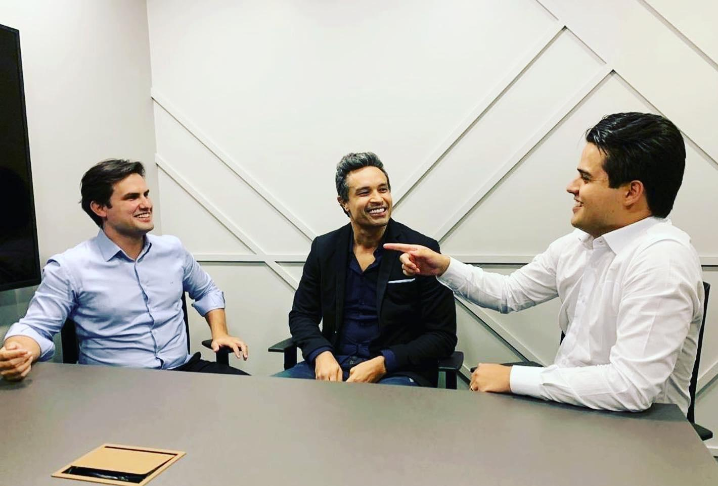 Dudu Cearense with investment companions
